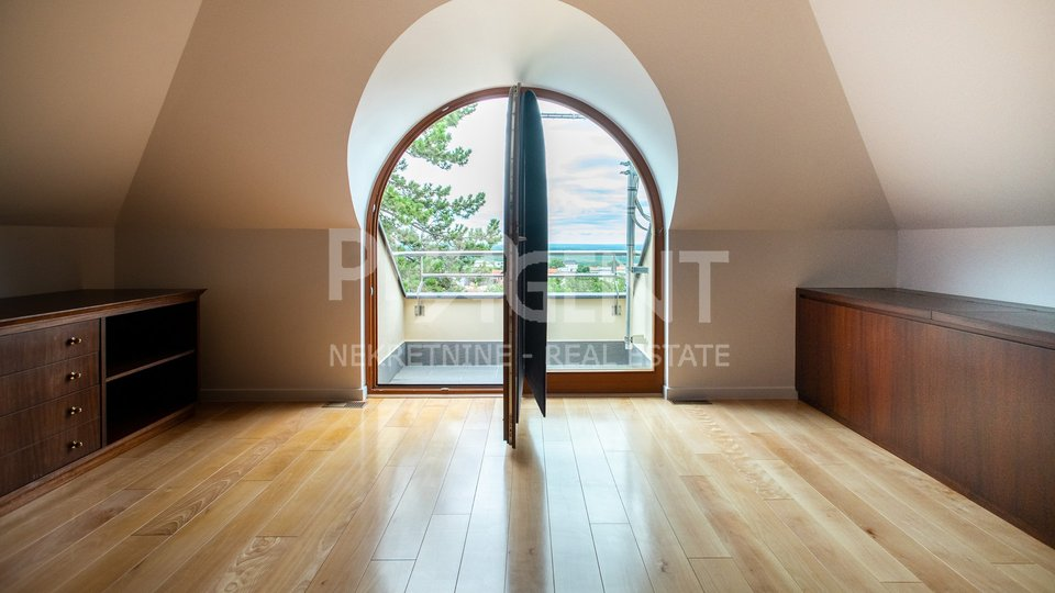 HOUSE FOR SALE, ZAGREB, REMETE, REMETSKI KAMENJAK, 300 m2
