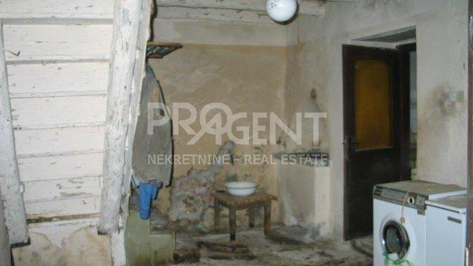 Casa, 250 m2, Vendita, Lanišće