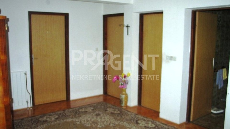 Haus, 305 m2, Verkauf, Poreč