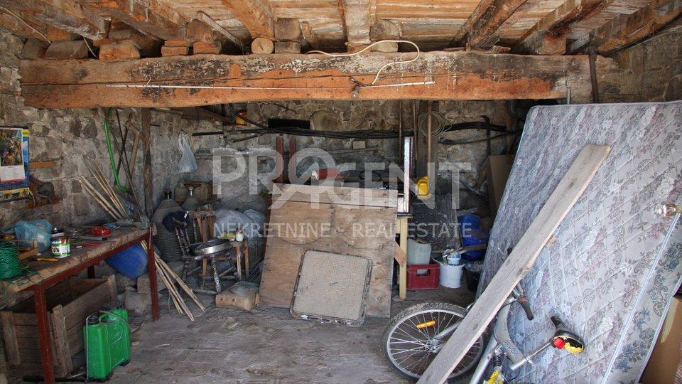 House, 139 m2, For Sale, Buzet - Roč