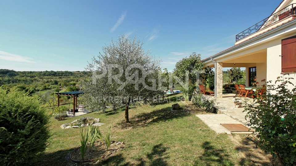 House, 168 m2, For Sale, Grožnjan