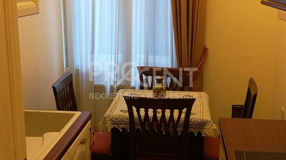 Novouređeni stan u staroj Opatijskoj vili