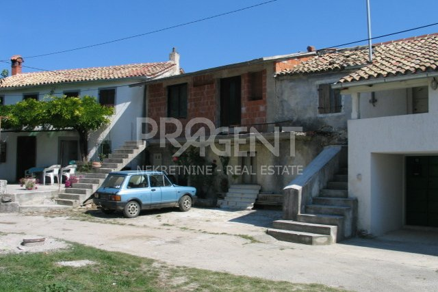 House, 70 m2, For Sale, Buzet