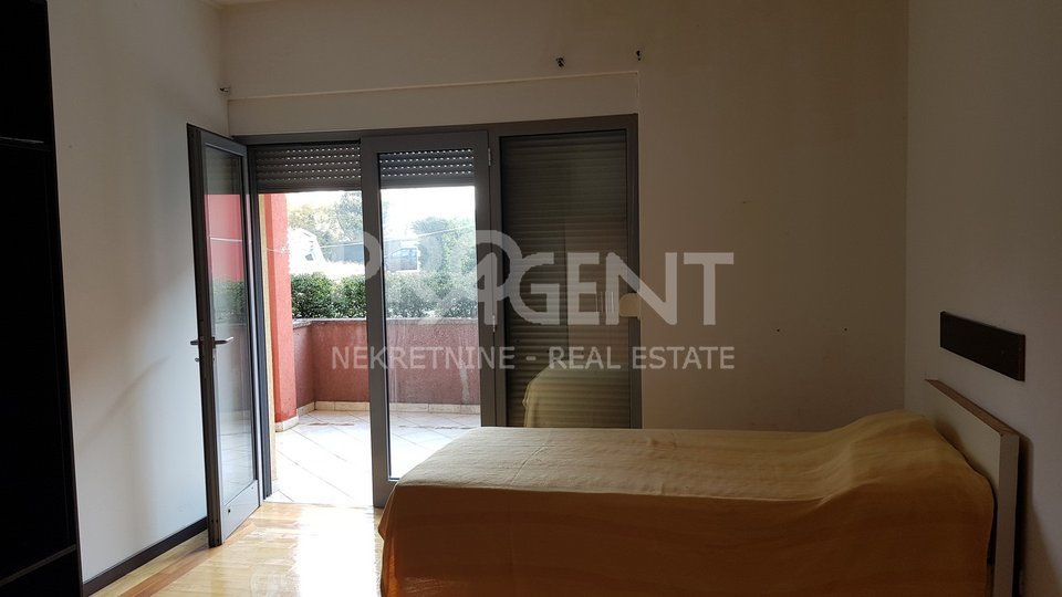 Commercial Property, 172 m2, For Sale, Umag