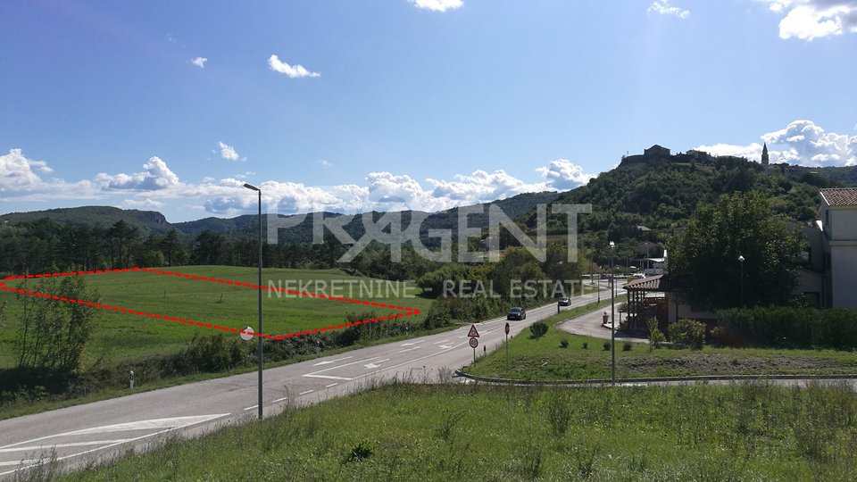 Istria-Buzet, land within the zone for commercial purposes-K1