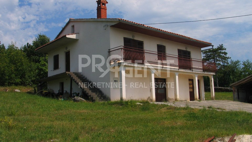 House, 200 m2, For Sale, Buzet - Hum