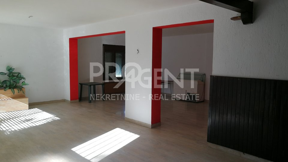 Business premises in Buzet for rent
