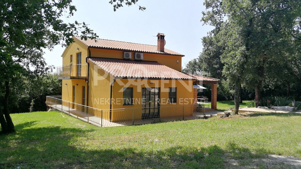 House, 250 m2, For Sale, Poreč