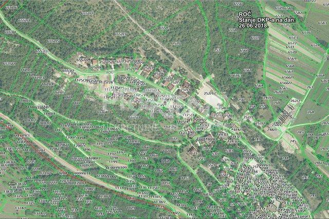 Grundstück, 5570 m2, Verkauf, Buzet - Stanica Roč