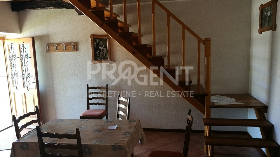 Renovated house and workshop near Buzet