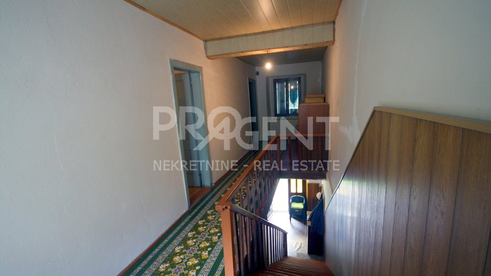 House, 204 m2, For Sale, Buzet - Roč