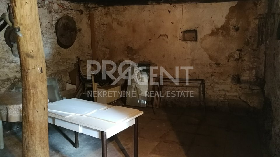 House, 142 m2, For Sale, Buzet