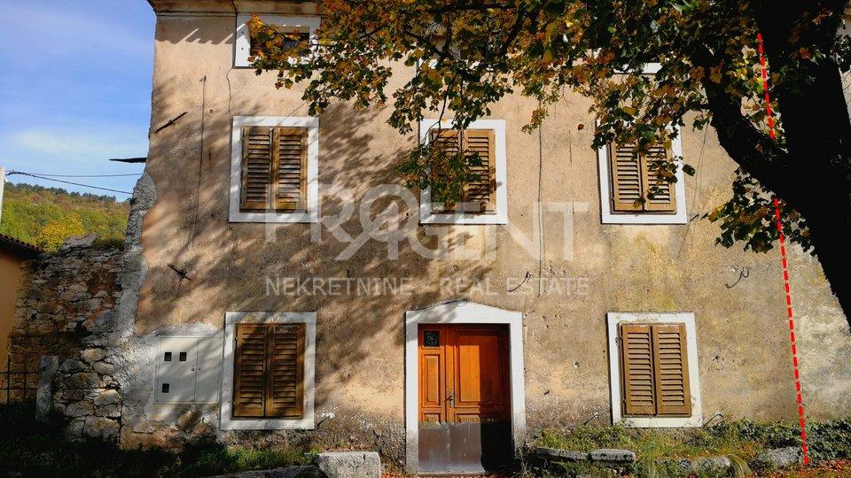 Old stone house in Ćićarija