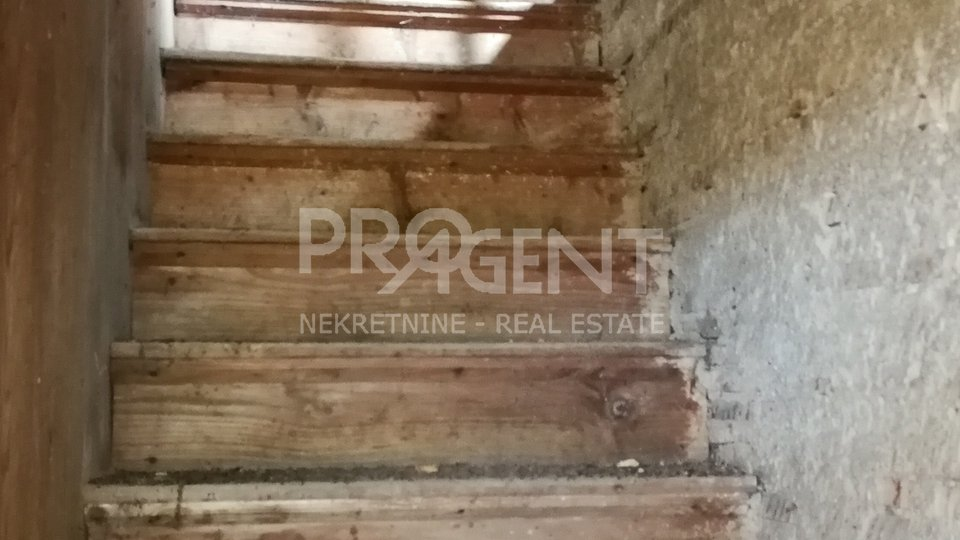 House, 130 m2, For Sale, Slum