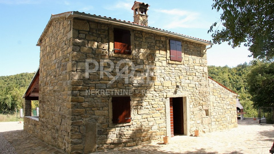 House with swimming pool, BUZET