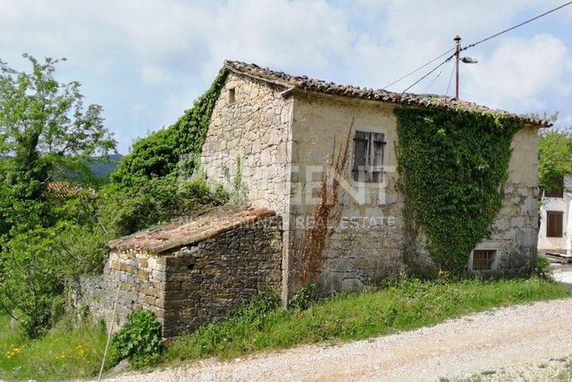 Istra, stara kamena kuća za adaptaciju