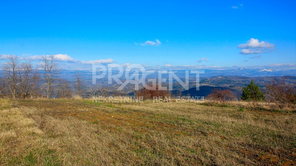 Istria, building land with a beautiful view