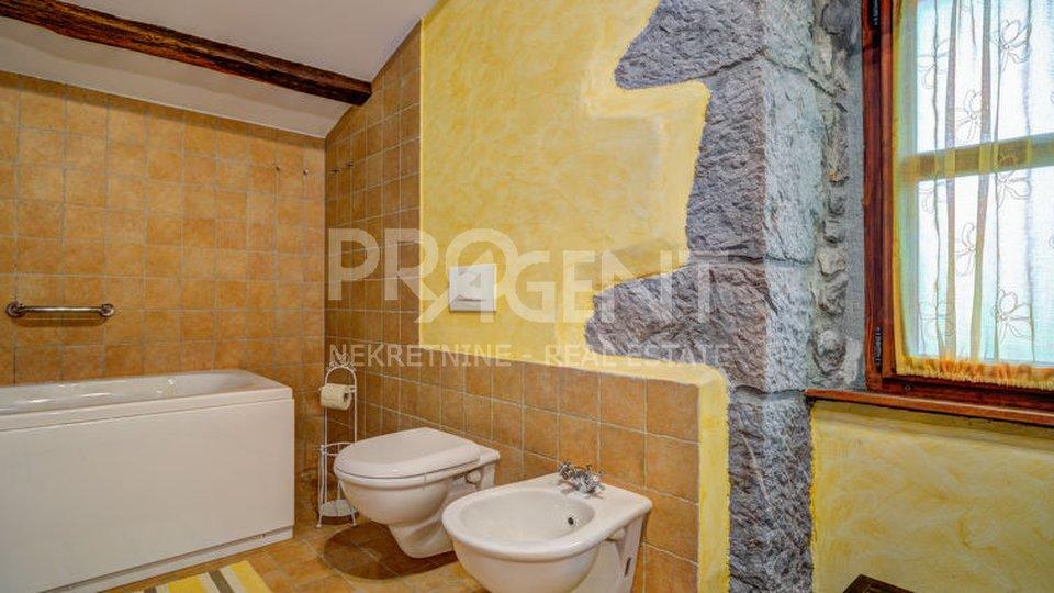 Haus, 379 m2, Verkauf, Buzet - Hum
