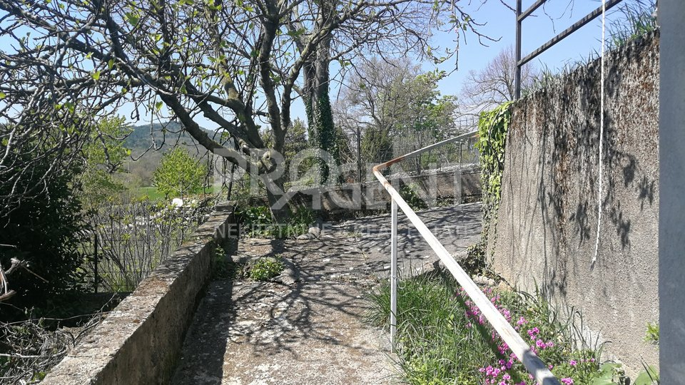 House, 204 m2, For Sale, Lupoglav - Vranja