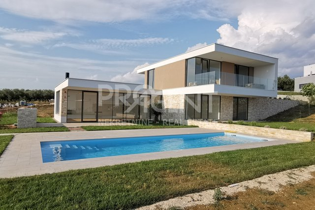 House, 274 m2, For Sale, Brtonigla - Nova Vas