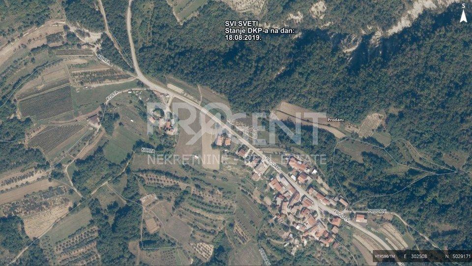 Buzet /Prodani, building land