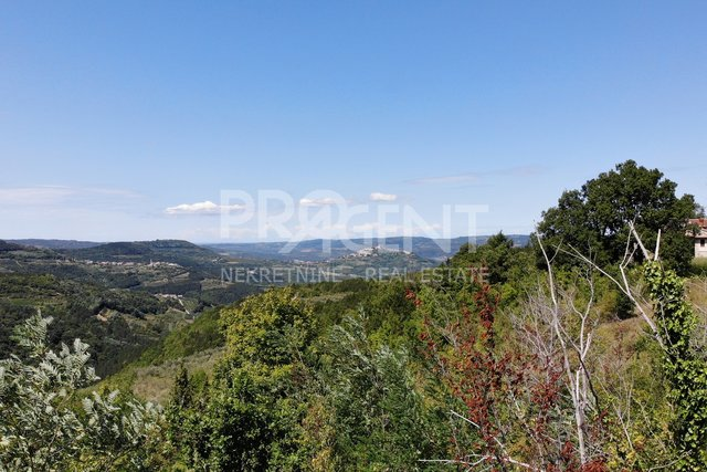 Zamask, a building plot with beautiful views of Kaldir and Motovun