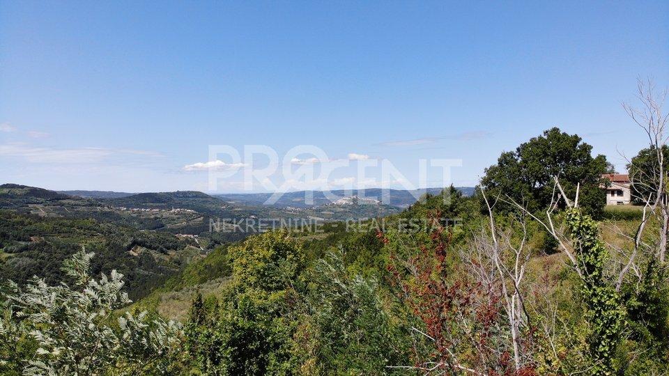 Zamask, građevinsko zemljište s prekrasnim pogledom na Kaldir i Motovun