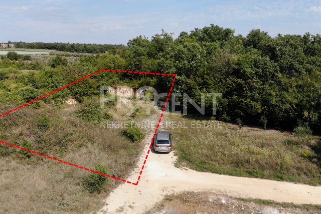 Land, 882 m2, For Sale, Poreč - Mušalež