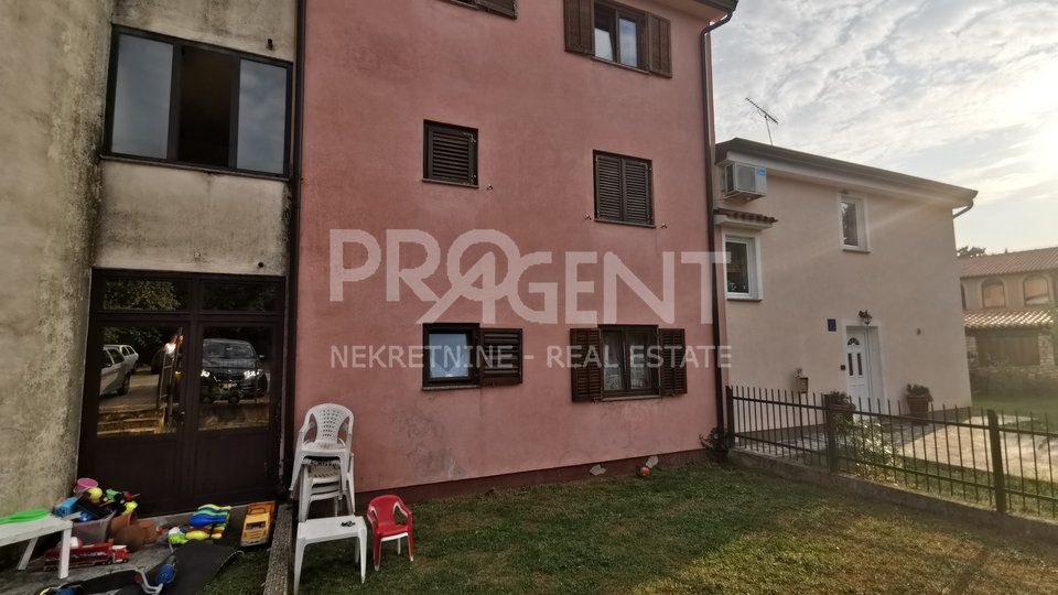 Apartment on the ground floor in the vicinity of Novigrad