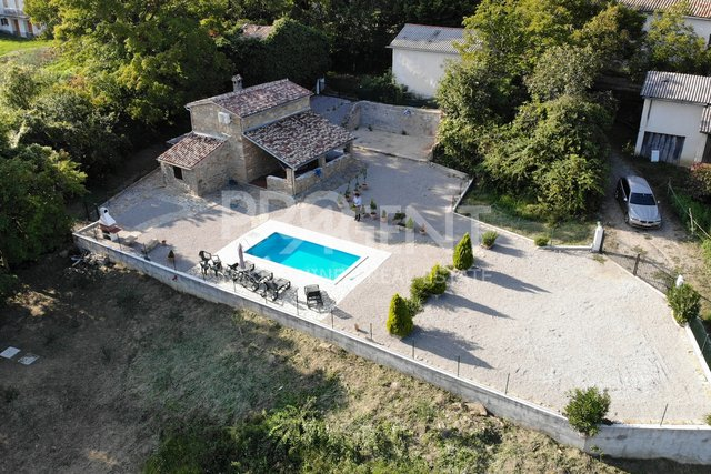 House, 62 m2, For Sale, Buzet