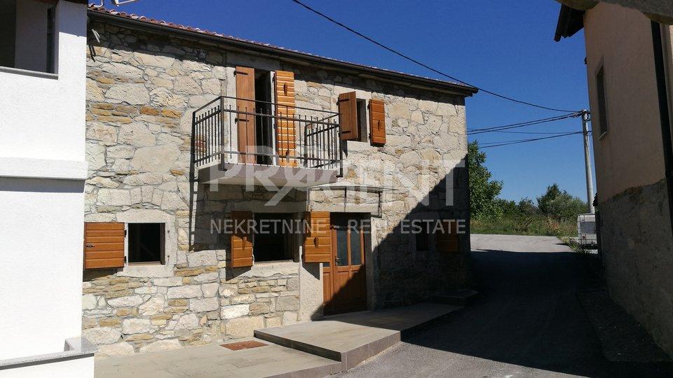 Renovated stone house near Buzet (surroundings)