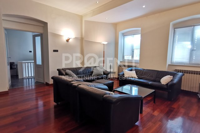 Apartment, 193 m2, For Sale, Pula - Vidikovac