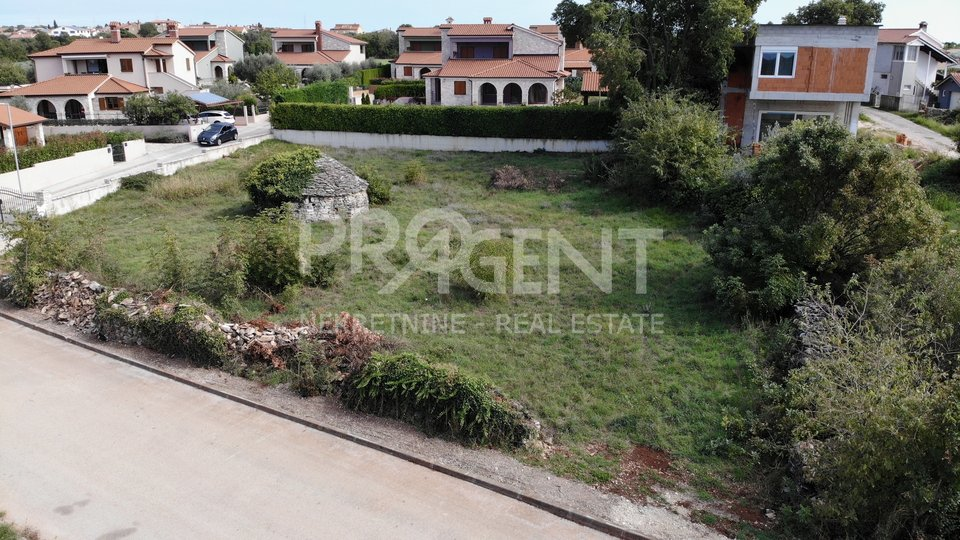 Land, 1079 m2, For Sale, Vodnjan - Galižana