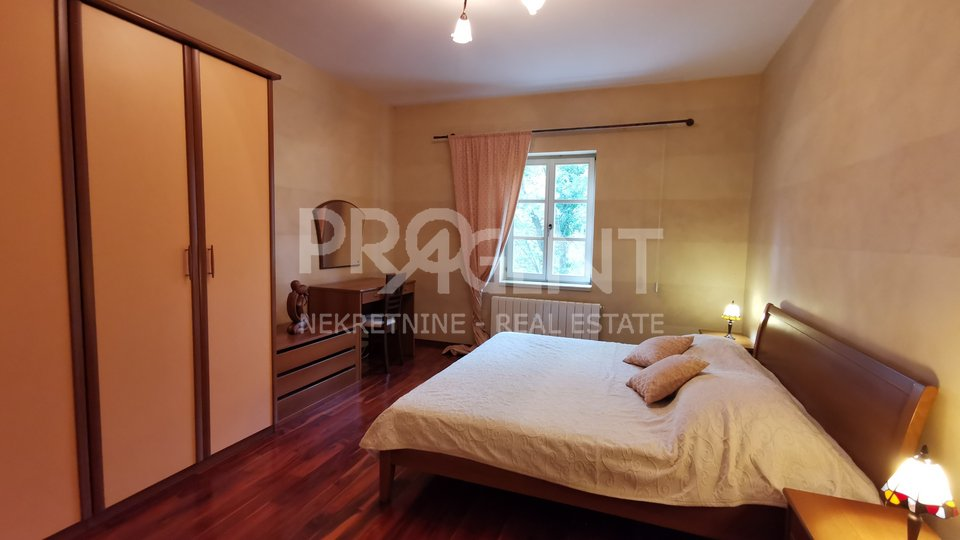 Buzet, house with swimming pool and big plot