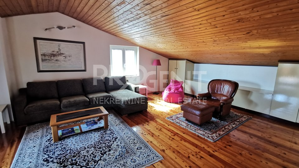 House, 268 m2, For Sale, Valbandon