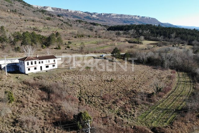 House, 300 m2, For Sale, Buzet - Štrped