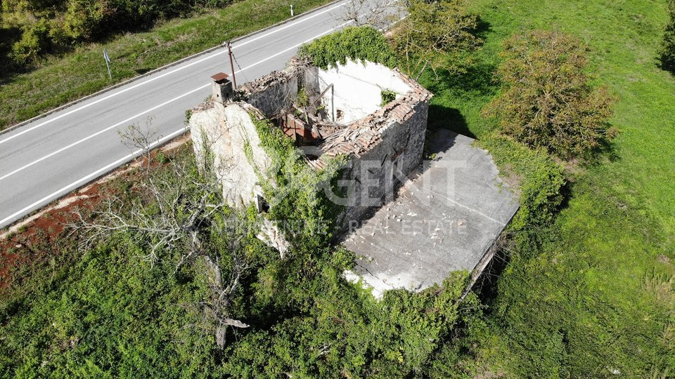 House, 4324 m2, For Sale, Vižinada