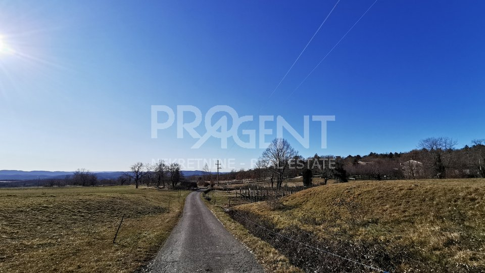 Land, 1330 m2, For Sale, Lupoglav - Semić