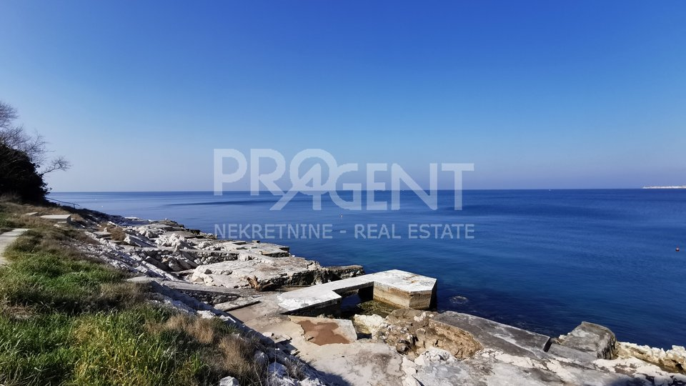 Crveni vrh,three bedroom apartment with beautiful sea view