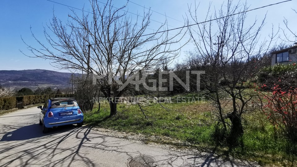 Land, 853 m2, For Sale, Motovun