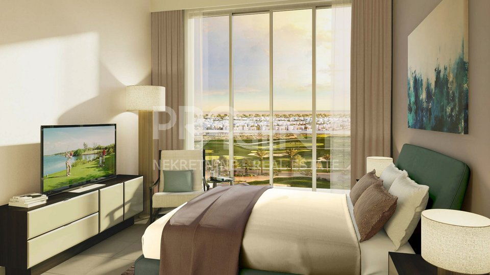 Dubai, one bedroom apartment in golf resort