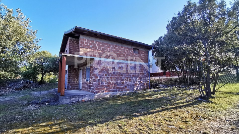 House, 111 m2, For Sale, Marčana