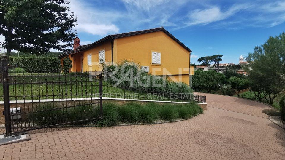 Istra, Motovun, kuća s bazenom, wellnessom i velikom okućnicom