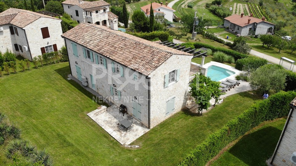 House, 210 m2, For Sale, Buzet