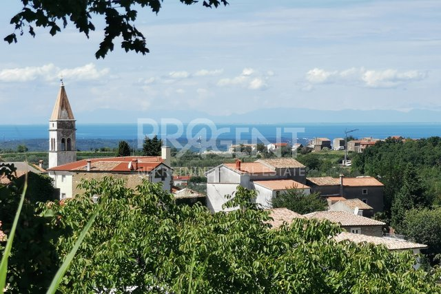 Land, 1055 m2, For Sale, Buje - Momjan
