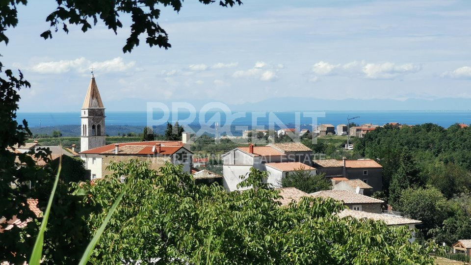 Istria, Momjan, building land with a building permit