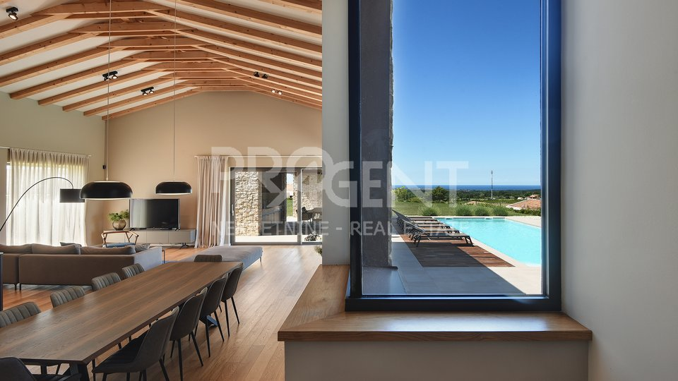 Istria, modern villa overlooking the vineyards and the sea