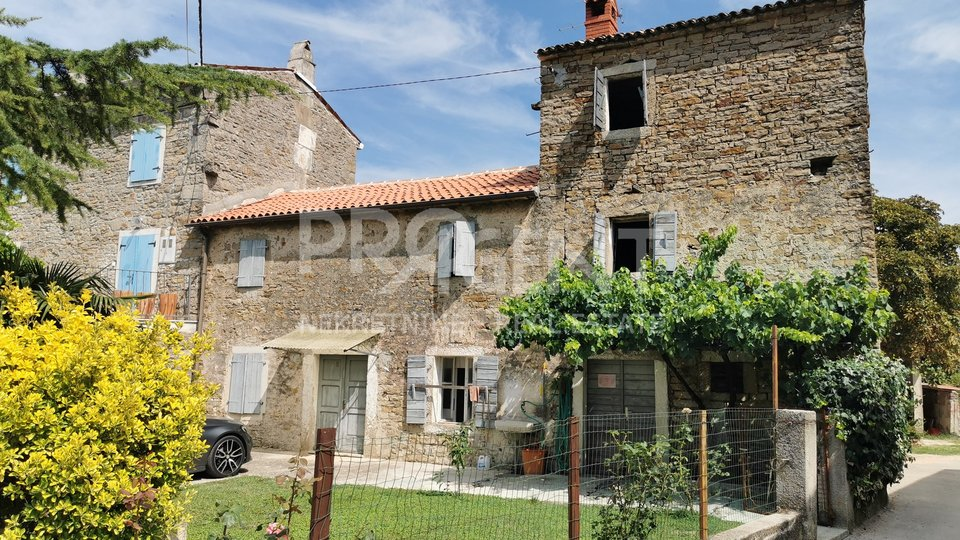 Old stone house in Istria, Krasica