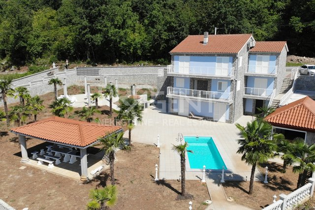 House, 307 m2, For Sale, Opatija - Poljane