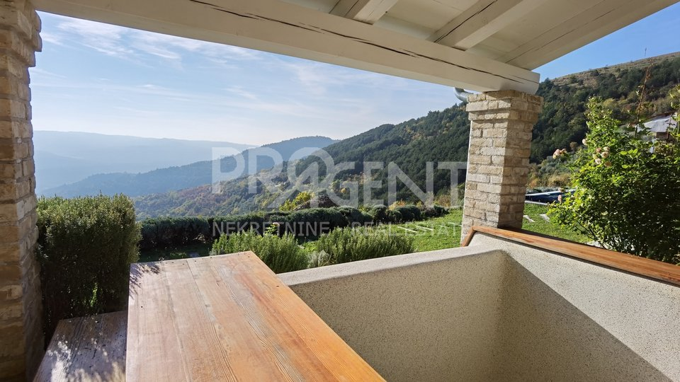 Haus, 420 m2, Verkauf, Oprtalj
